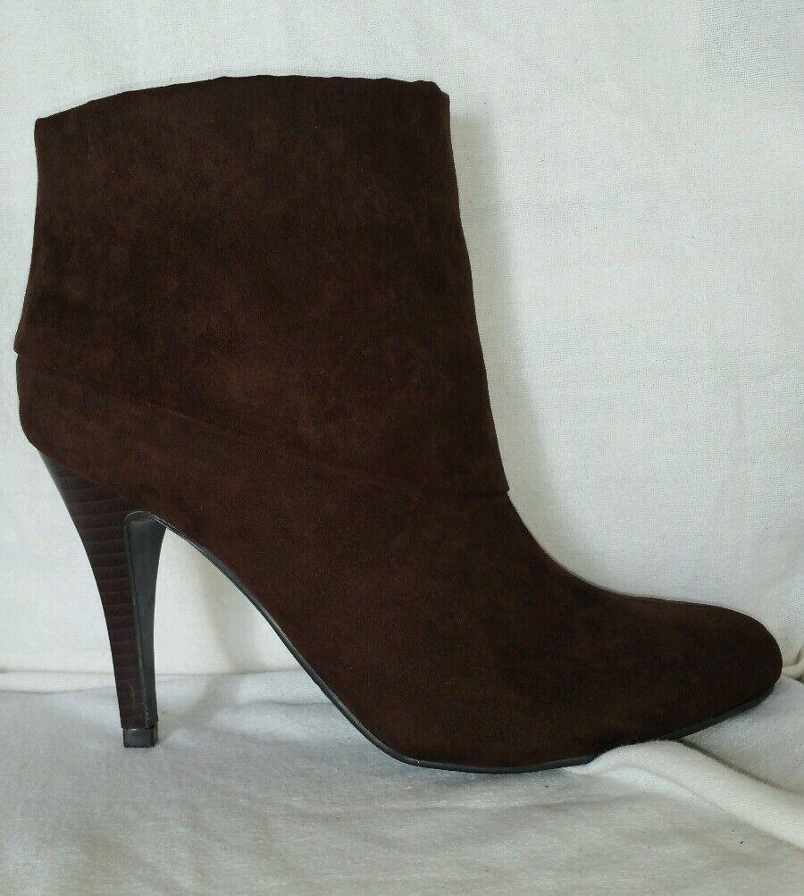 Marc Fisher 7.5 M Vallay dark marron fabric ankle bottes round toe heel