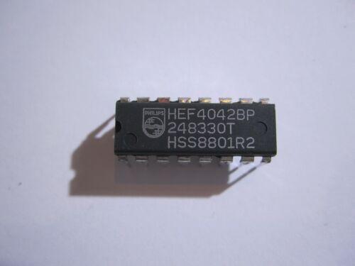 IC wg Lagerauflösung zu verkaufen Geschäftsaufgabe 2 Stück   HEF4042BP