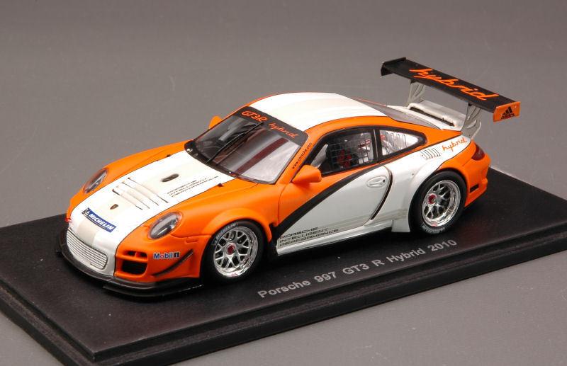 Porsche 997 Gt3 R Hybrid 2010 1 43 Model SPARK MODEL