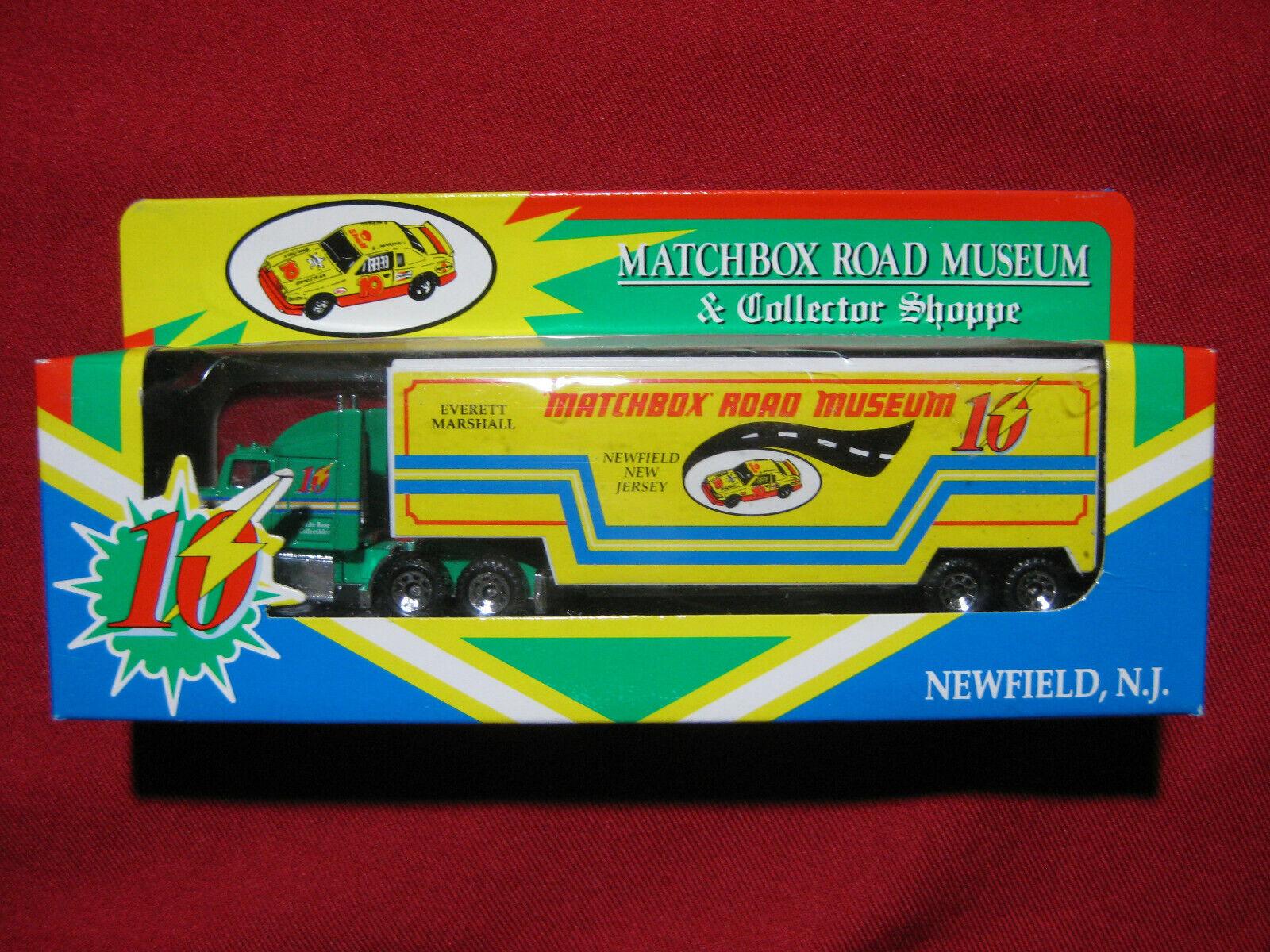 1993 Matchbox Road Museum & Collector Shoppe Truck MIB Ford Aeromax Convoy Rare