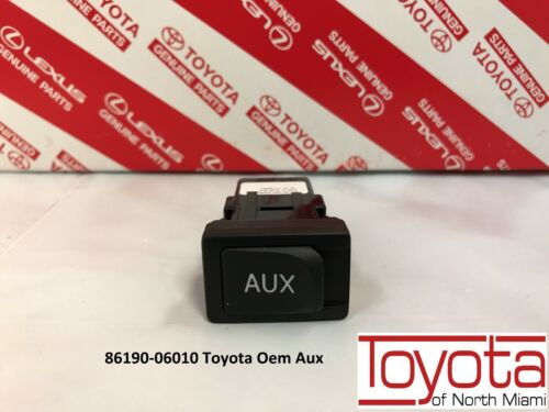 NEW Toyota Lexus AUX Auxiliary Stereo jack Adapter 86190-53010  86190-06010 OEM