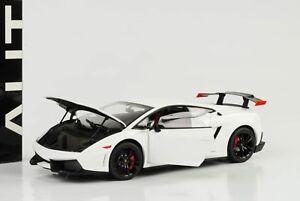 Lamborghini-Gallardo-LP570-Super-Trofeo-Stradale-Moncerus-White-1-18-AUTOart