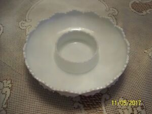 Fenton-Milk-Glass-Hobnail-Chip-and-Dip-Bowl-Vintage-Art-Glass-Candle-Bowl