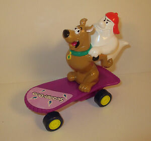 "1996 Scooby-Doo & Ghost on Skateboard 5"" PVC Plastic Action Figure"