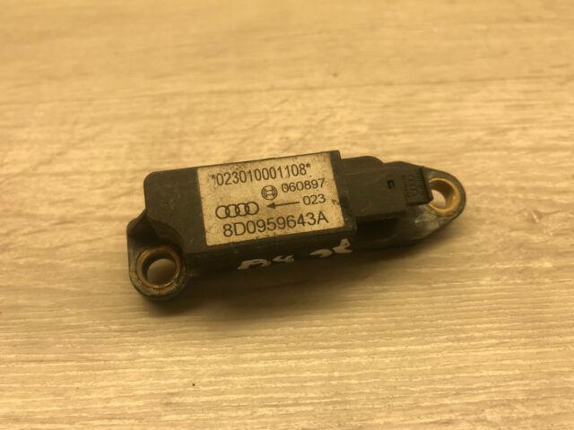 A186 Audi A4 B5 1.9TDI 81kW 97 LHD / Airbag Crash Sensor / 8D0959643A