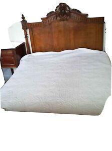 Bois de lit ancien