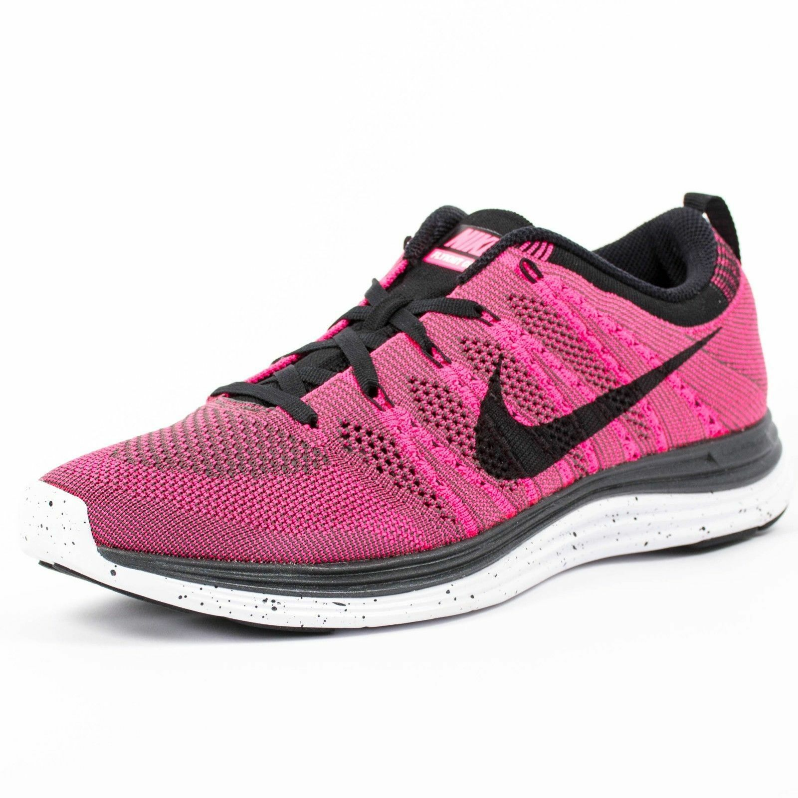 separation shoes 36152 fd970 ... new zealand nike flyknit one pink flash black midnight fog 554887 600  84a89 d1811