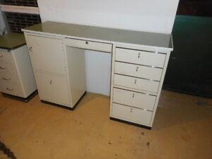 Baisch arztschrank pratique équipement armoire à pharmacie bureau