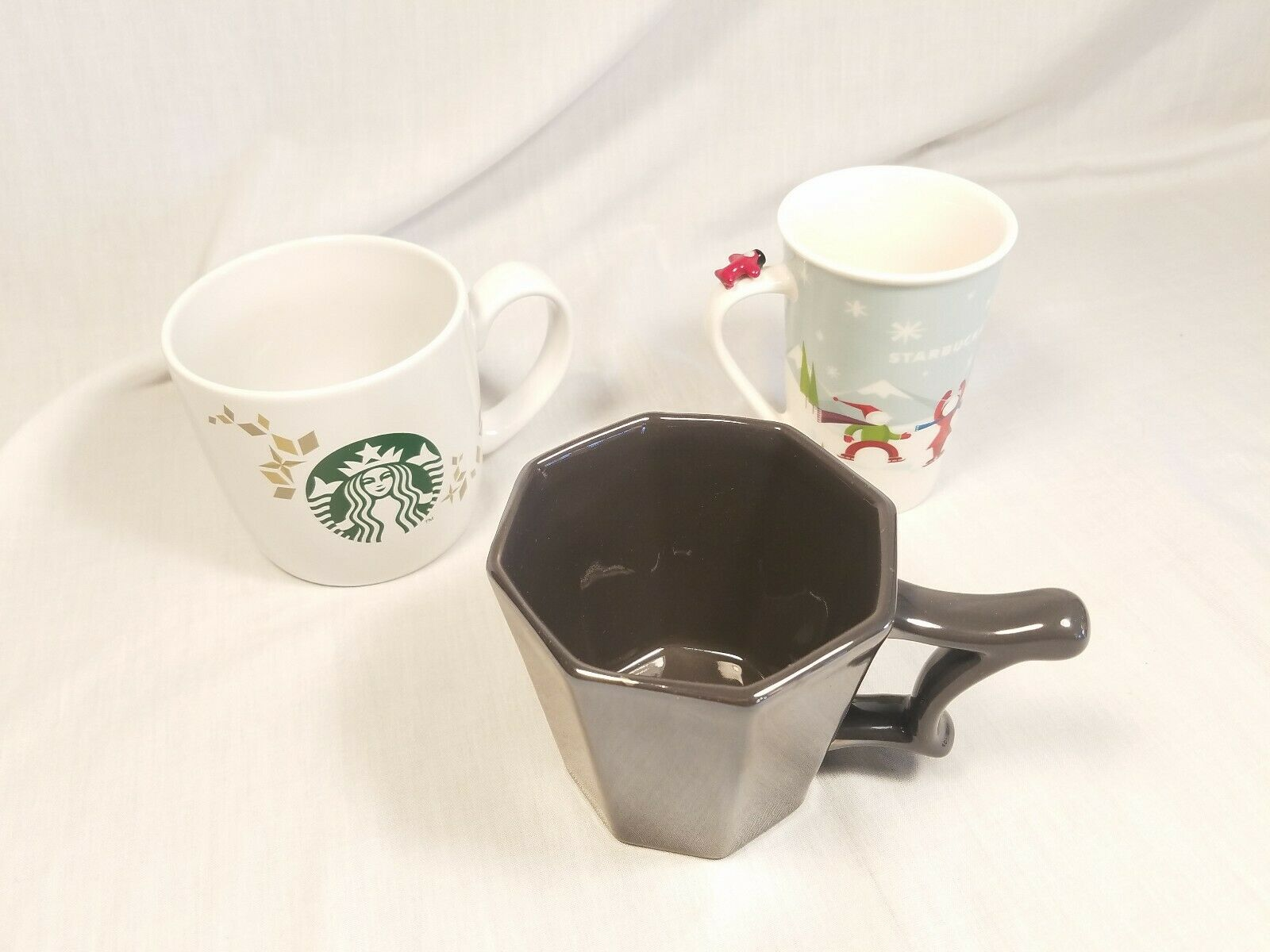 Starbucks Coffee Lot Of 3 Mugs Octagon Starbucks Logo And Ice Skating Scene Ebay