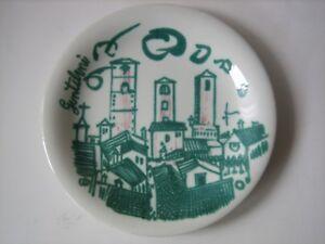 Franco-Gentilini-piatto-ceramica-ved-Besio-serie-cattedrali