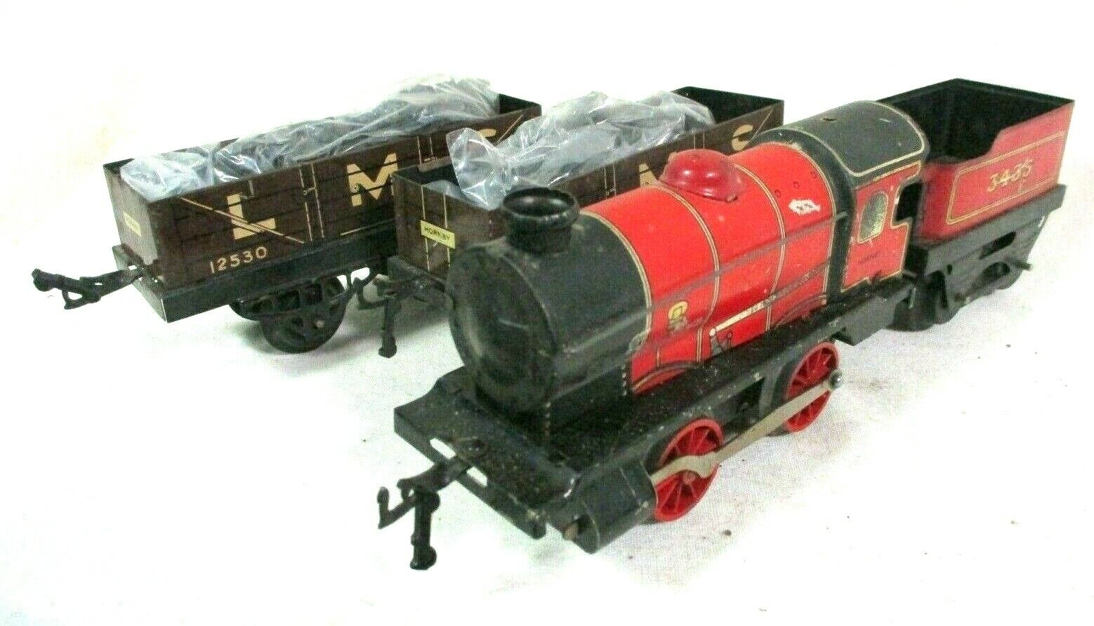 Hornby Red Locomotive, 3435 Tender, 2 12530 LMS Wagons from M1 Goods Set B62-36
