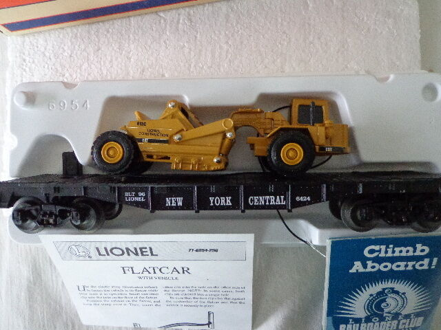 LIONEL  O  AND  027  NEW YORK CENTRAL FLAT CAR WITH ERTL SCRAPER W PAPERWORK