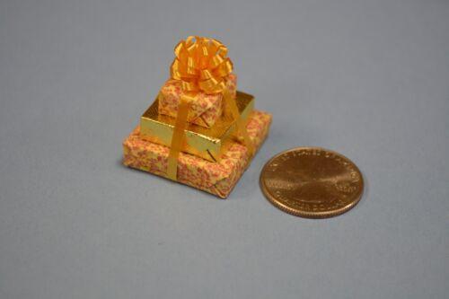 Triple Miniature Christmas Present//Gift Dollhouse size