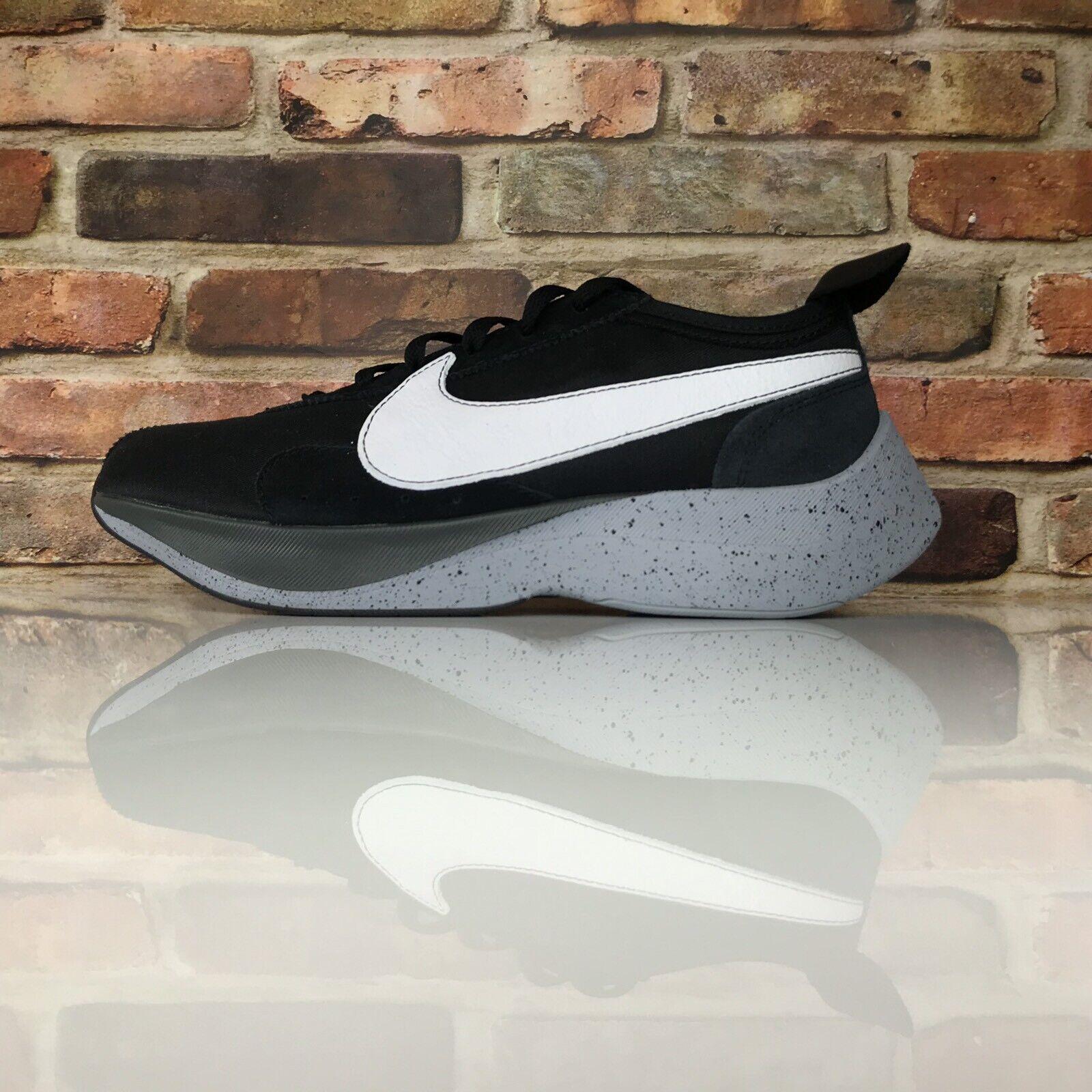 Nike Moon Racer Hombre Talla 9.5 Zapatillas para Correr blancoo y Negro