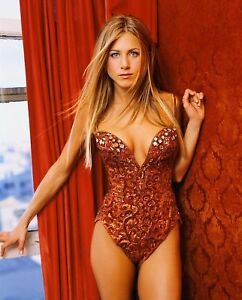 Sexy pics of jennifer aniston picture 100