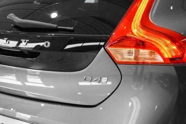 Volvo V40 2,0 D4 190 R-Design aut. - billede 3