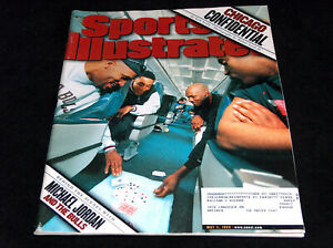 Michael-Jordan-Sports-Illustrated-Magazine-May-11-1998-Bulls-Behind-The-Scenes