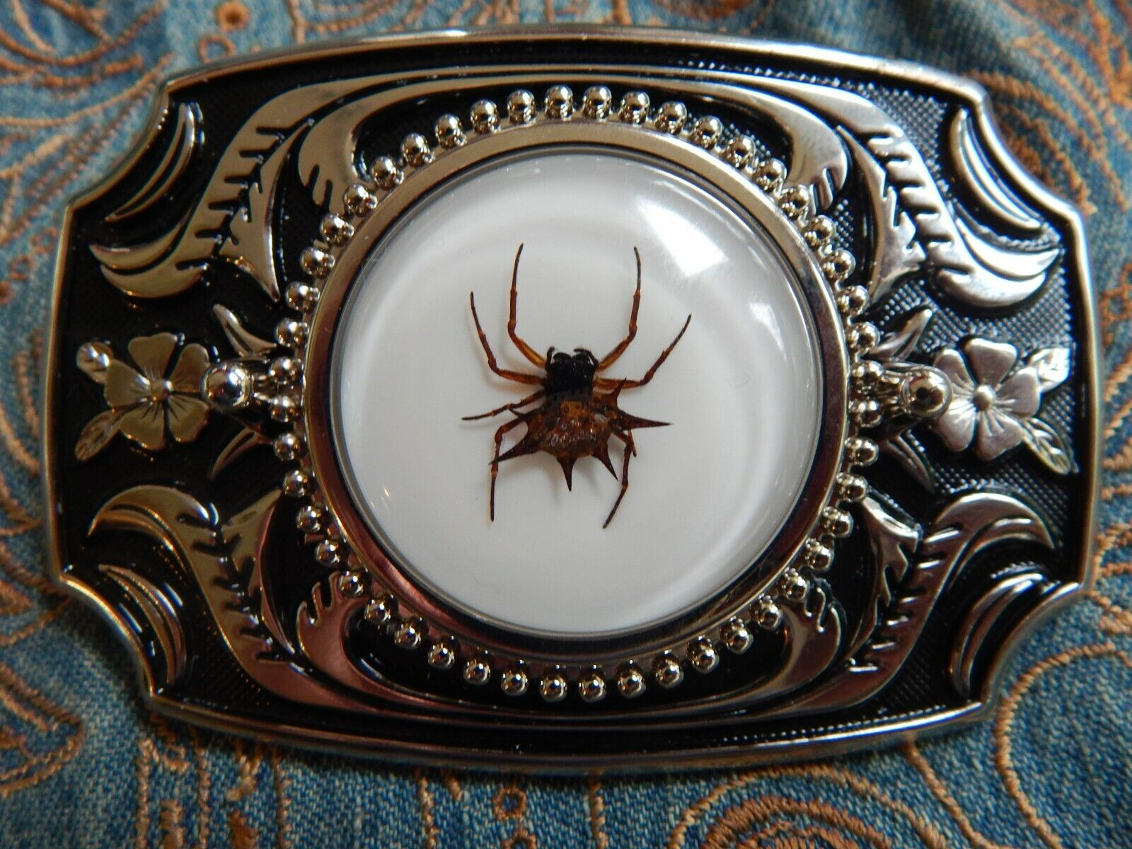 NEW EXCLUSIVE SPINY SPIDER INSECT BELT BUCKLE SILVER / BLACK COLOURED METAL GOTH
