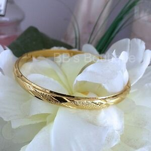 NEW-GORGEOUS-18K-GOLD-FILLED-YGF-Shimmer-Hinged-Carved-Bangle-60mm-x-6mm-3