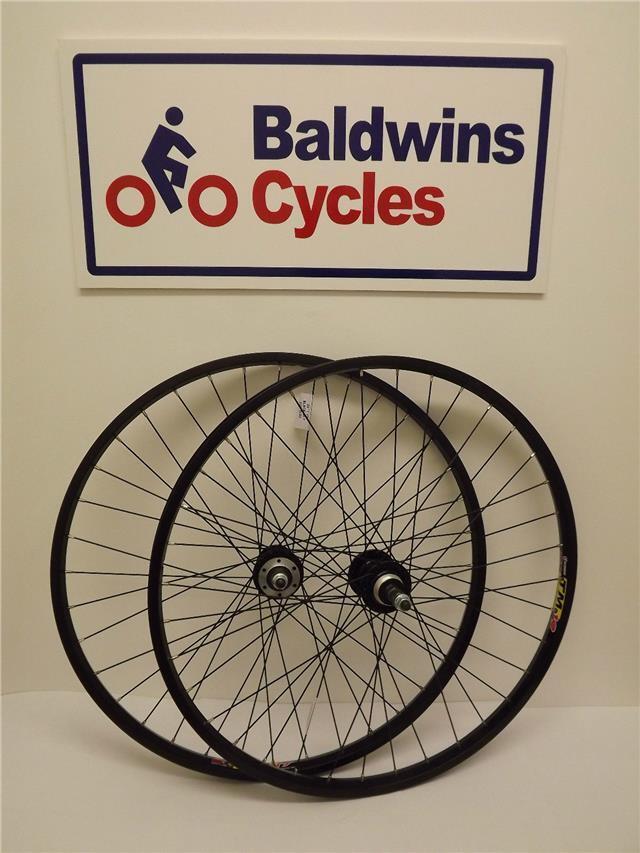 Par 26  ruedas de bicicleta de montaña freno de disco negro-Tornillo HUB