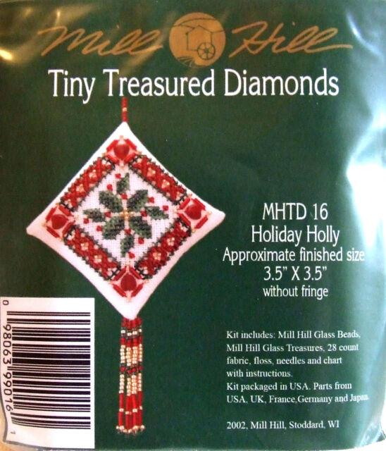 Mill Hill Cross Stitch Bead Kit Christmas Diamond 'Holiday Holly' TD16