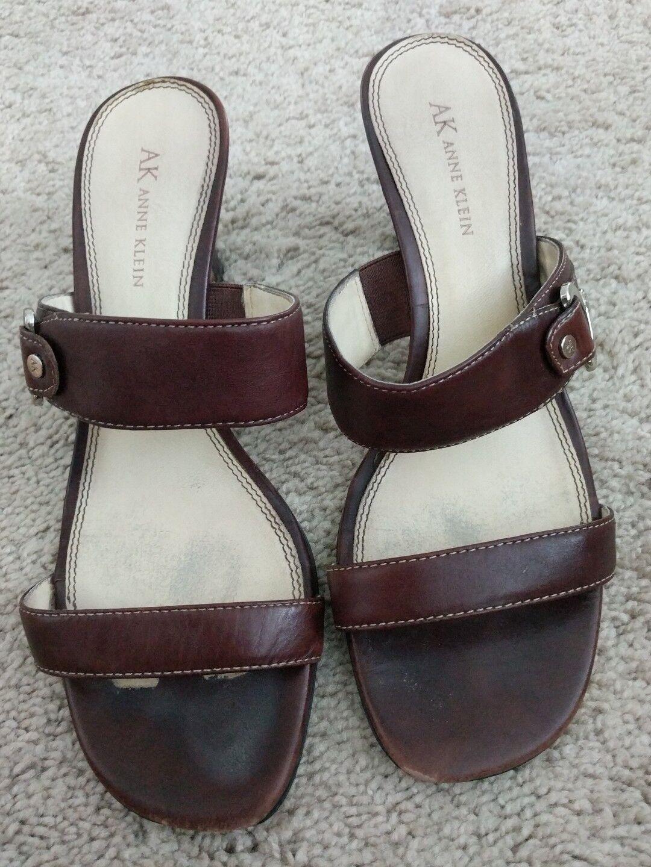 AK Anne Slides Klein 10 Open Toe Slides Anne Strap Buckle Heels Sandals Womens Brown Leather d69565