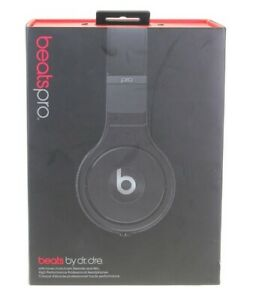 Beats-by-Dr-Dre-Beats-Pro-Over-Ear-Wired-Headphone-MHA22AM-A-with-Remote-Mic