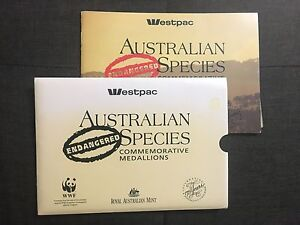 1992-ENDANGERED-SPECIES-WESTPAC-Collection-of-Medals-in-Booklet-SC6-C8