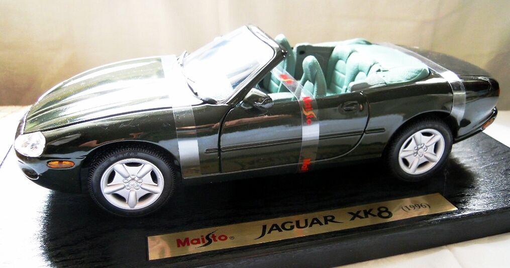 Maisto 32836  Jaguar XK8 (1996), Metal Model, Diecast in 1 18, NEW & OVP