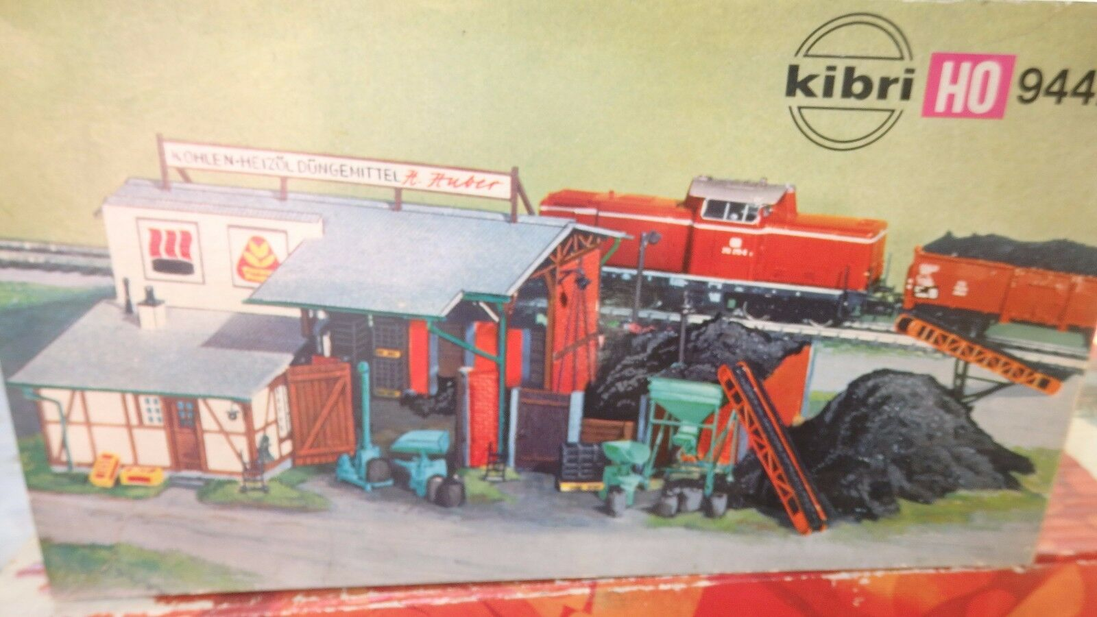 Kibri B-9442 Kohlen-Heizöl-Düngemitte Station Discharge Charcoal Ho 1 87