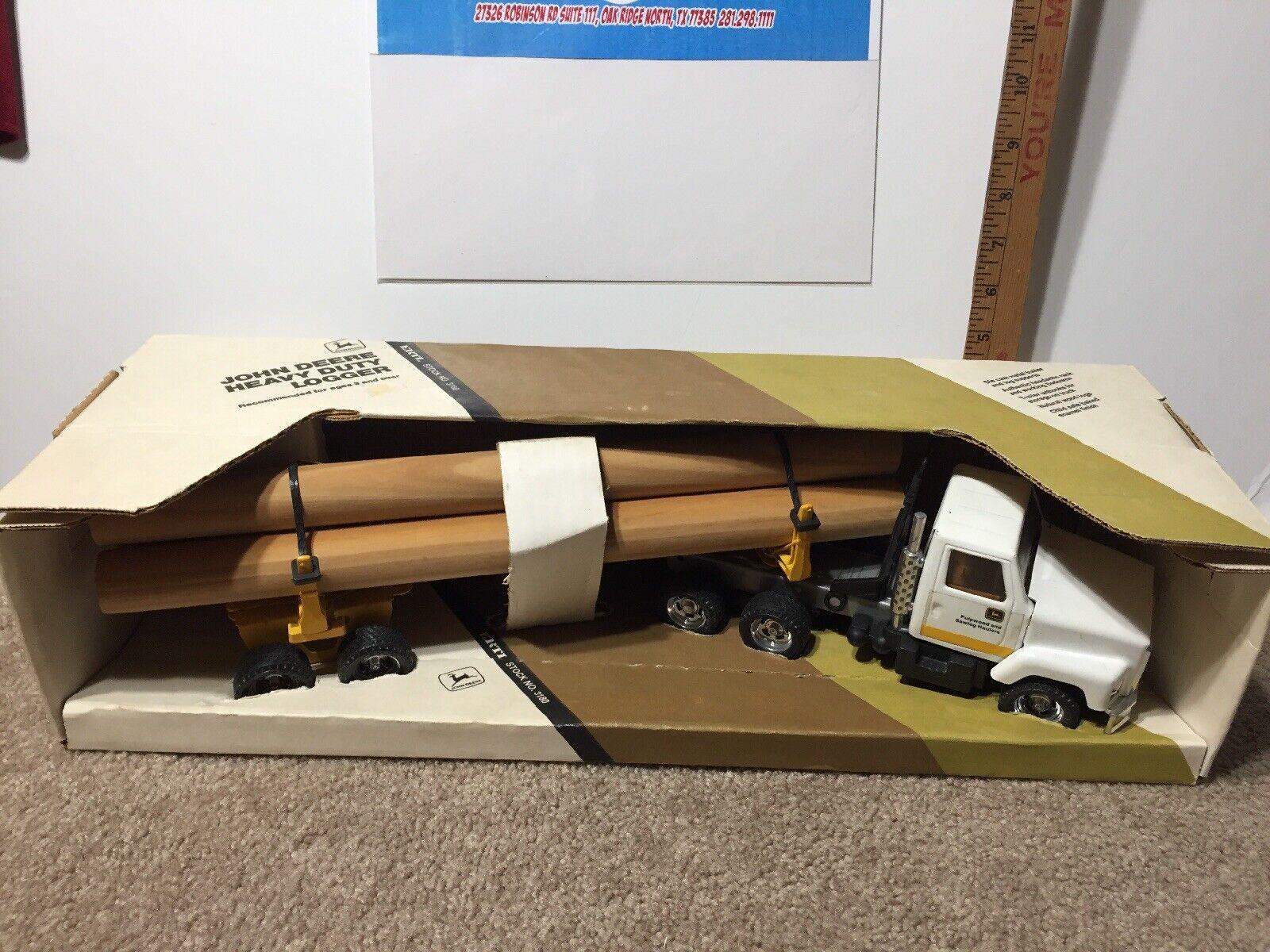 Ertl Semi Truck And Trailer John Deere Heavy Duty Logger 3180 Diecast