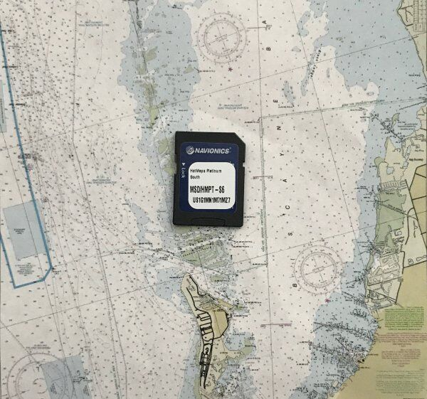 Navionics HotMaps Platinum South MSD/HMPT-S6 Multi-Diional Lake Maps on mn map, vg map, wy map, co map, il map, wi map, tx map, cif map, canada map, usa map, penh map, nd map, kr map, id map, pal map, south dakota highway map, ne map, tn map, et map, eastern ia map,