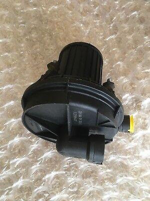 1110702 YM21-9A486-AA Sekundärluftpumpe NEU Seat VW 7.22738.04 06A959253B