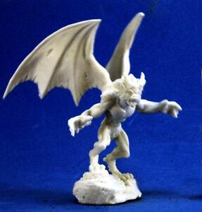 Distributeur français reaper miniatures ? S-l300