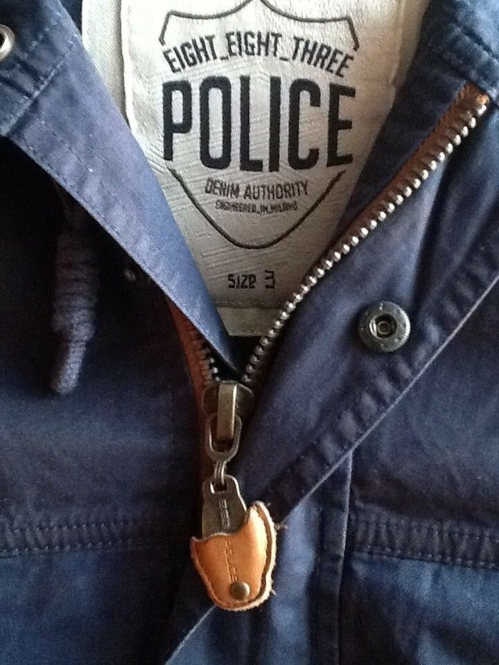 883 Police Navy Parka. New and Authentic, size  44