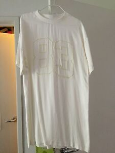 Brand-New-Rare-Stylish-White-Silky-Feel-Number-Dress-Size-S