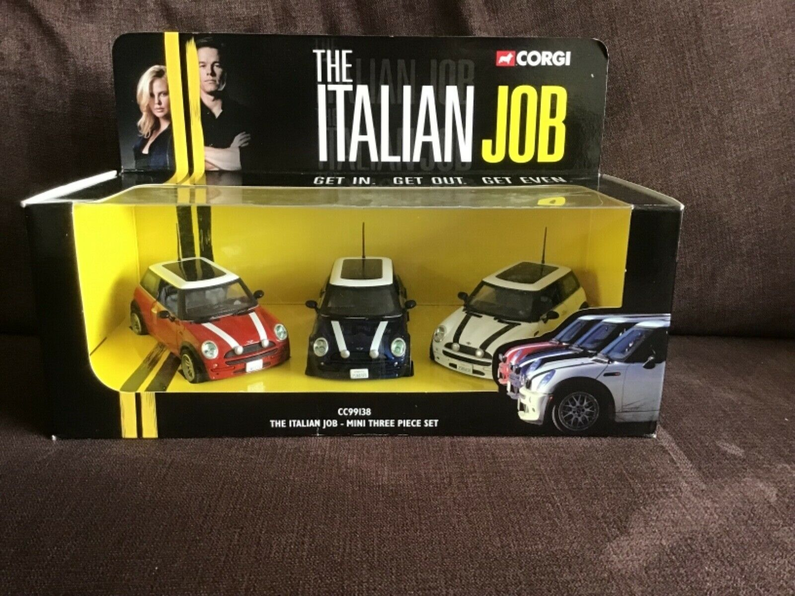 ottima selezione e consegna rapida CORGI giocattoli 99138 99138 99138 MINI COOPER IL LAVoro ITALIANO Regalo Set 3 modelloLO di  disegni esclusivi