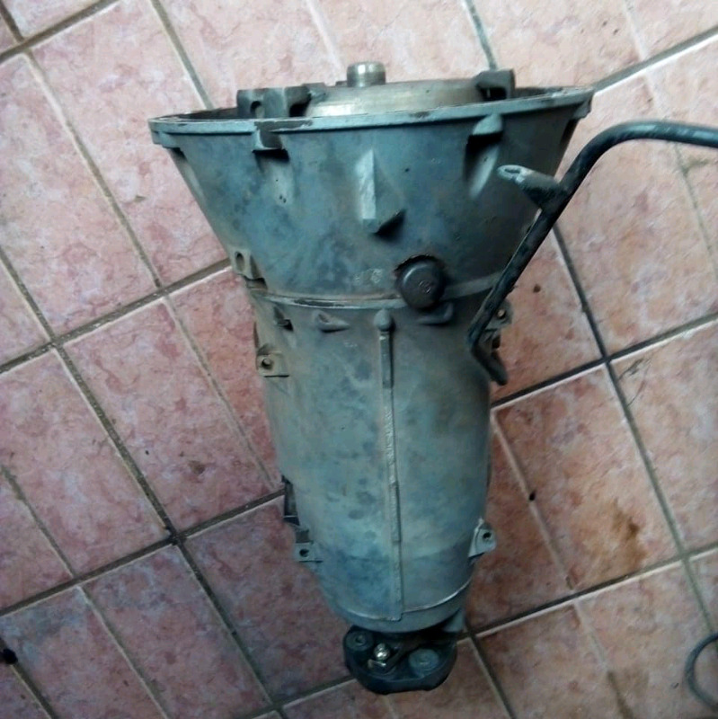 MERCEDES BENZ AUTOMATIC GEARBOX.   t