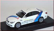 "BMW m5 e60 conducente-Training #1 ""conducente allenamento-Ring Taxi"" KYOSHO 03503rt 1:43"
