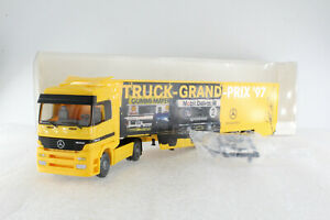 A-s-s-Wiking-werbemodell-MB-actros-1843-Truck-Grand-Prix-GK-86-1997-PFA-OVP