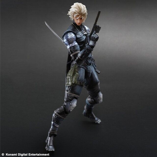Play Arts Kai - Raiden  METAL GEAR SOLID 2: SONS OF LIBERTY