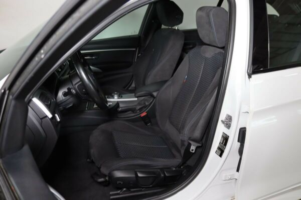 BMW 318d 2,0 Touring M-Sport aut. - billede 4