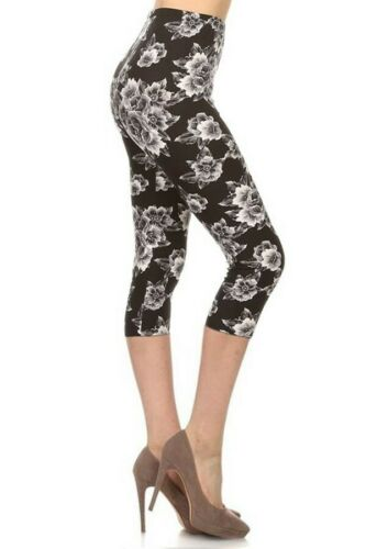 Amazing Buttery Soft Woman's Capris Midnight Bloom One Size OS