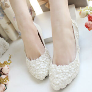 54e91ae13 White Lace Flowers Pearl Wedding Shoes Flat Heels Bridal Shoes Flats ...