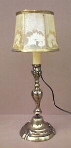Ancienne-lampe-en-BRONZE-abat-jour-en-VESSIE-DE-PORC-vintage-deco-bureau-chevet