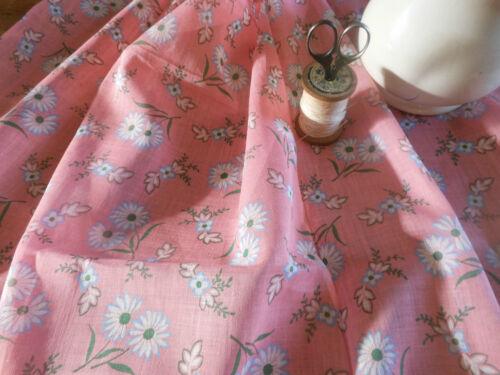 Antique Vintage Lightweight Daisy Floral Batiste Cotton Fabric~pretty pink~1930