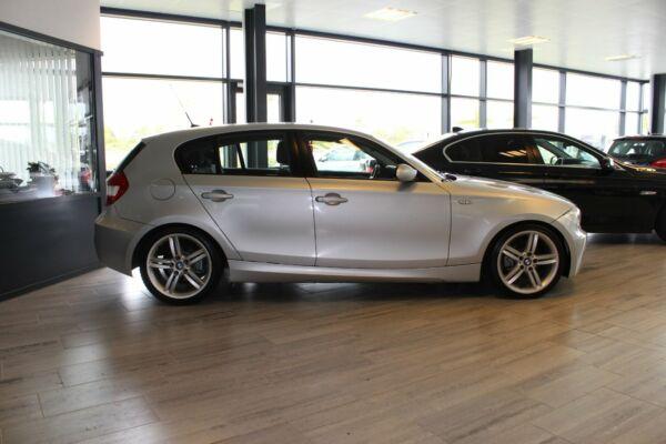 BMW 118i 2,0 Advantage - billede 2