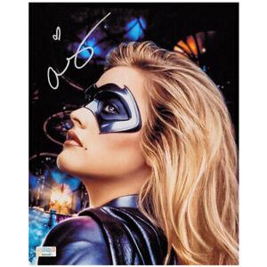 Alicia Silverstone Autographed 1997 Batman & Robin 8x10 Batgirl Close Up Photo