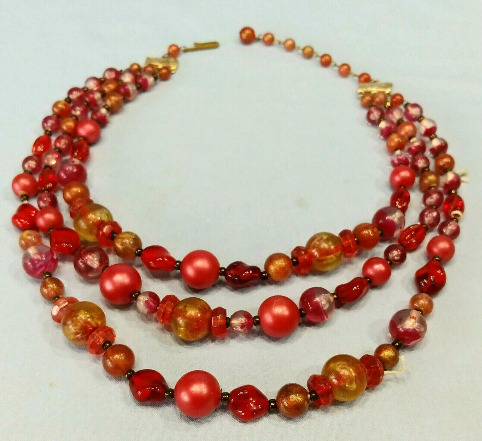 Clear Lucite Graduated Bead Necklace \u2013 Swirl Carved Look /& Crystal Rondelle Choker \u2013 1980s