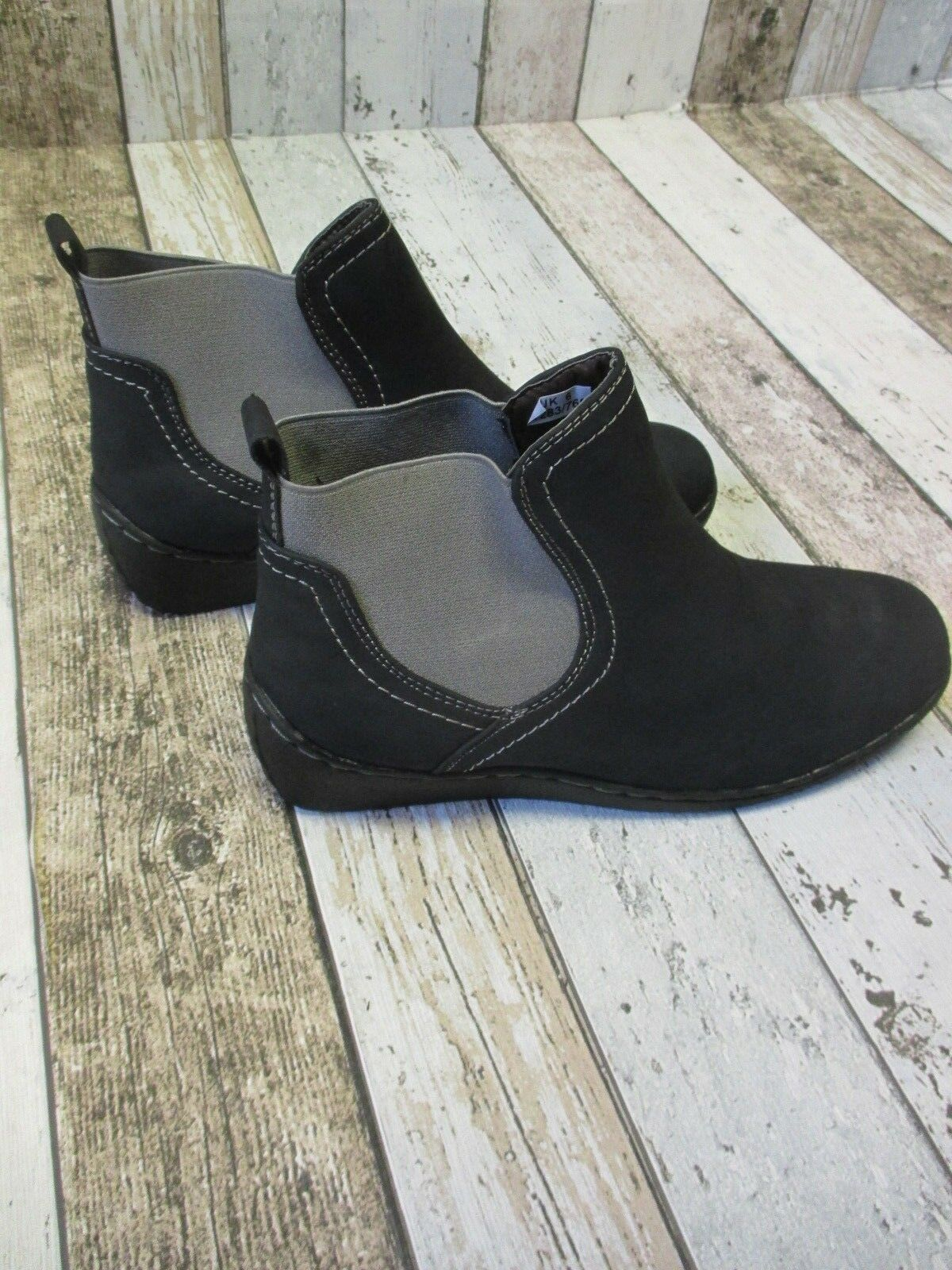 Dr Keller Hawk Wedge Ankle Boots, Black sizes 6 and 7 (2922118/126 loc R21) *
